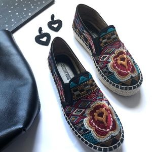 Johnny Was Aldorva Embroidered Espadrille Floral
